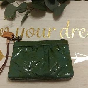 Coach  green wristlet wallet classic green